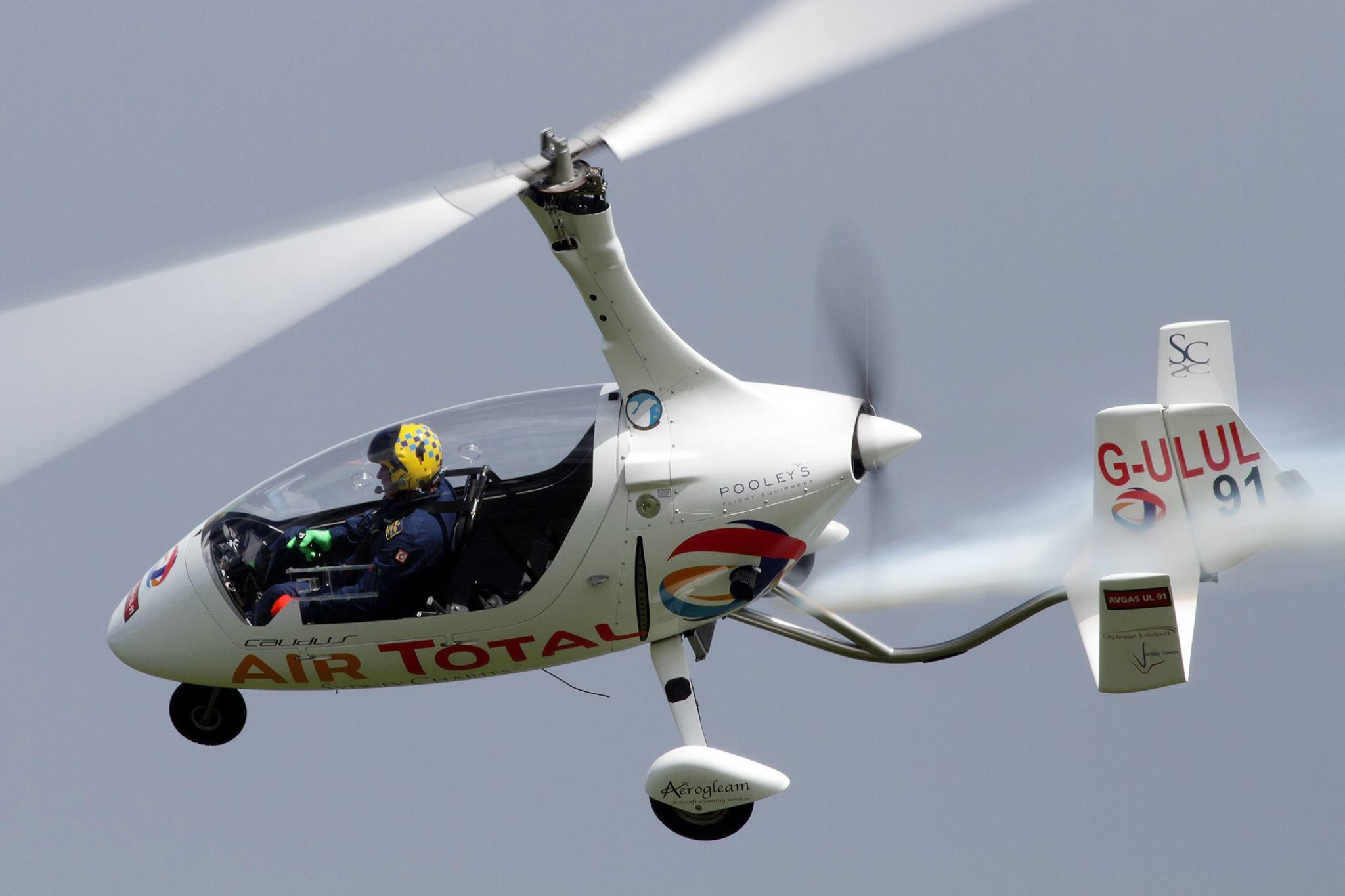 Picture of the Calidus Autogyro, half helicopter and half aeroplane