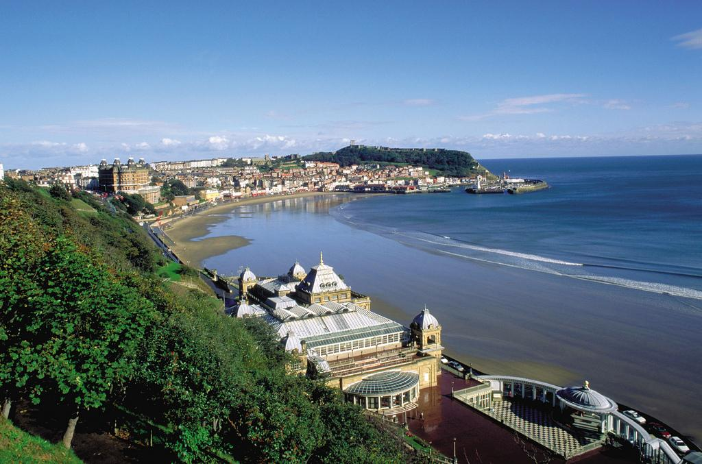 Picture of South Cliff overlooking Scarborough Spa. Photo credit: Welcome to Yorkshire