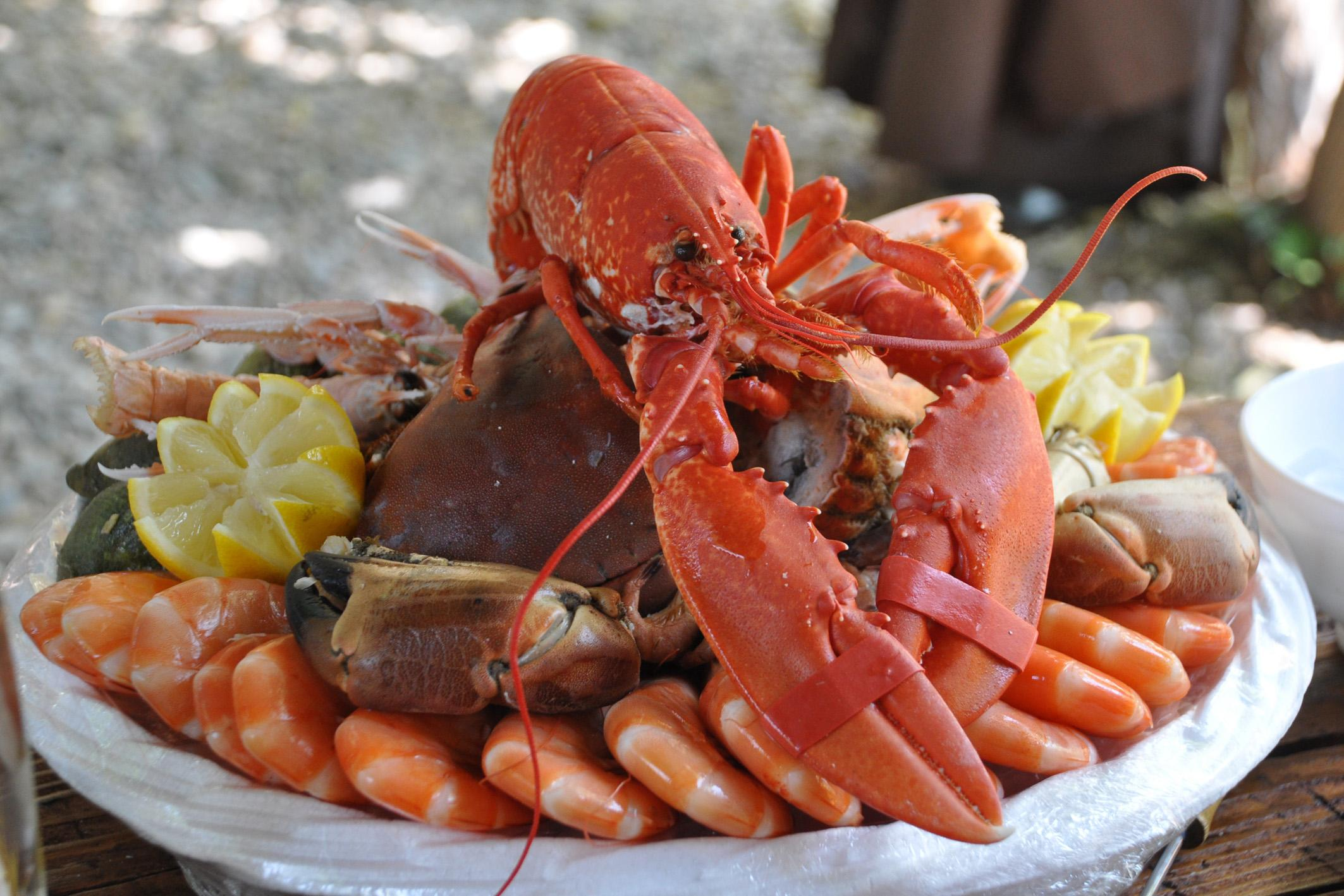 Picture of a seafood platter
